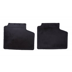 FRONT MUD FLAP KIT SUITABLE FOR ALL RANGE ROVER CLASSIC VEHICLES WITH BRACKET KIT FOR BOTH SIDES.